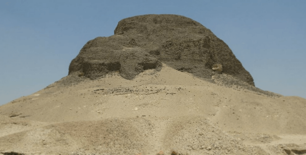Egyptian Sidekick Fayoum Lahun Pyramid